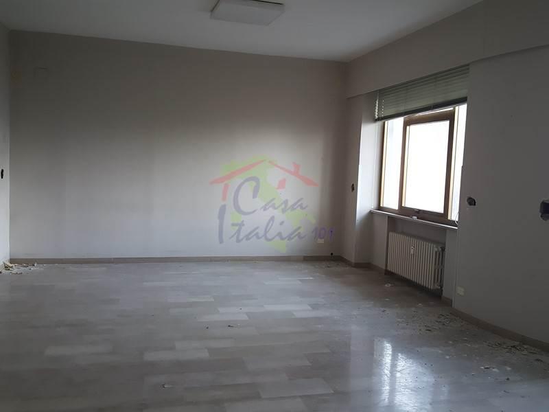 Ufficio Casa Immobiliare : Immobiliare casa italia 101 ufficio in vendita a ancona grazie